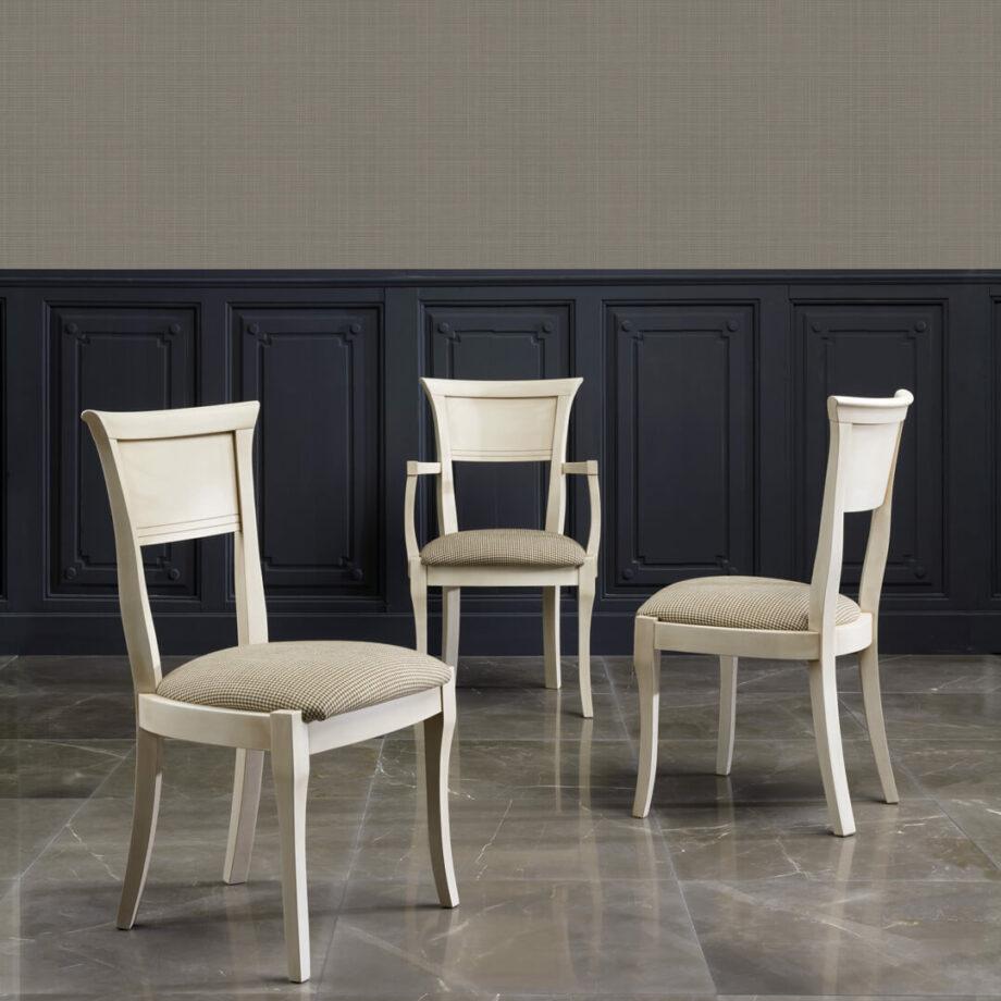 Silla clásica, silla de madera, silla elegante, silla de diseño, silla de calidad.